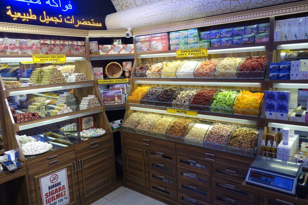 Local spice and cnady shop