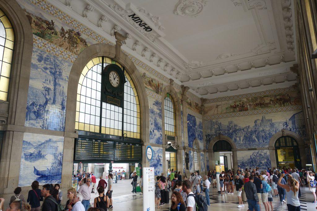 São Bento Train Station